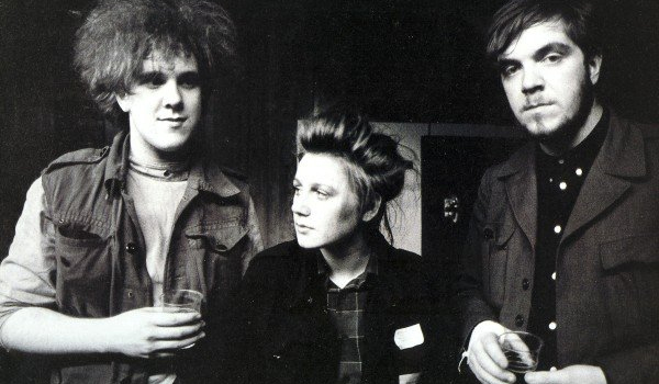 Cocteau Twins Reunite Against a Common Foe